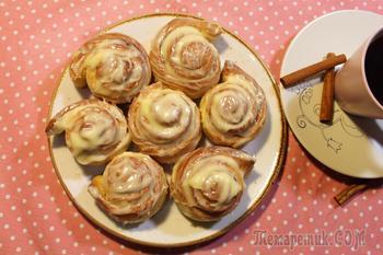 Домашние синнабоны (булочки с корицей и глазурью)