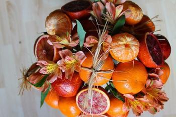 Съедобный букет из фруктов