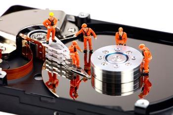 Восстановление данных с жесткого диска: Причины неполадок и решения