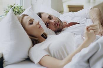 Как выбрать подушку в зависимости от вашей любимой позы для сна?