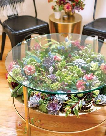 19 столов, которые украсили сочными суккулентами и превратили в цветущий островок зелени