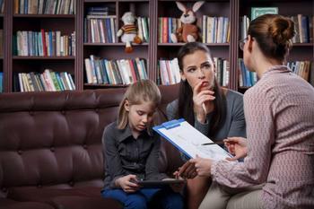 5 ошибок, которыми мы доводим детей до невроза