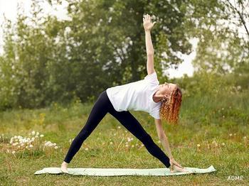11 упражнений, после которых вы влюбитесь в йогу