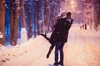 Любовный гороскоп на неделю 18-24 февраля: кому нужно проявить твердость а кому терпение