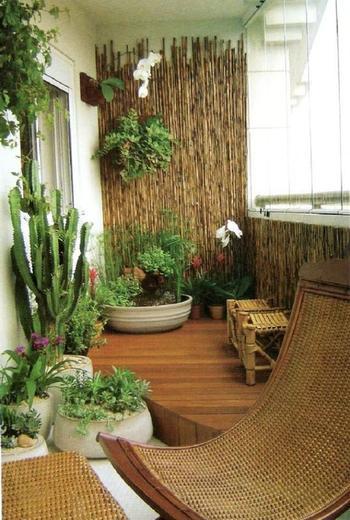 Как оформить балкон в экостиле