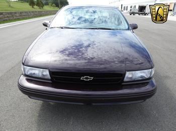 Новенький Chevrolet Impala SS 1995 года