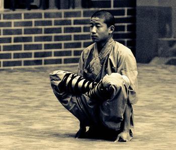 Зачем даосские монахи демонстрируют свои способности?