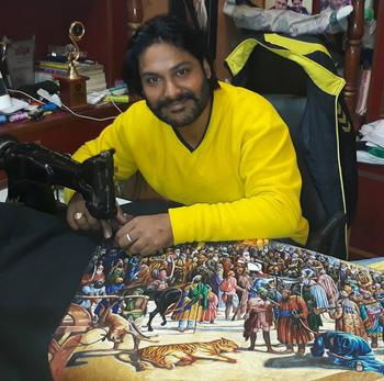 Феноменальный Человек-иголка: индиец вышивает картины на машинке, и они потрясающие