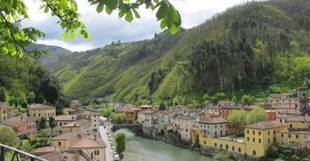 Город Лукка в Италии