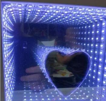 Светящееся трёхмерное панно