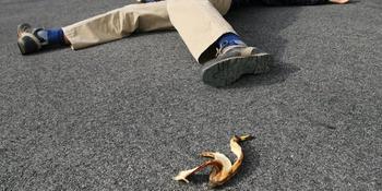 Что произойдёт, если положить банановую шкурку на кожу и оставить на ночь