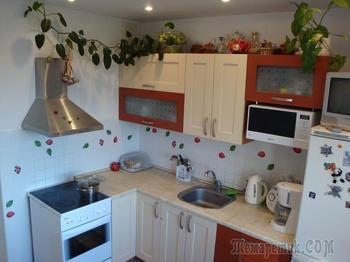 Стиль нашей девятиметровой кухни отдаленно напоминает кантри