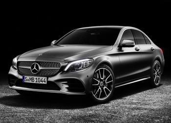 Mercedes-Benz C-Class 2019 – самый популярный Мерс обновился
