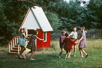 10 забытых дворовых игр, в которые не играют современные дети
