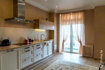 Двухкомнатные апартаменты в доме Чижа
