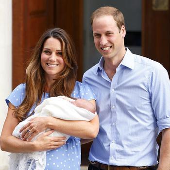 Мама принца и принцессы: 25 трогательных фотографий герцогини Кембриджской с Джорджем и Шарлоттой
