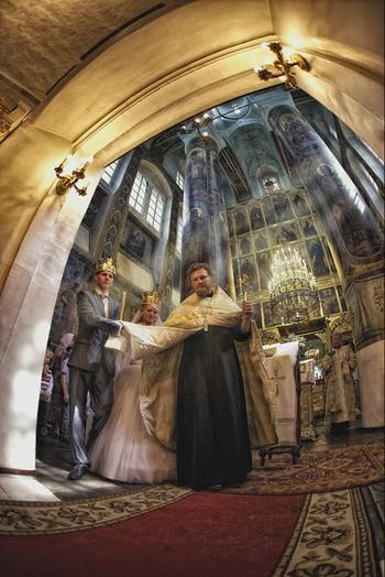 Венчание, чем церковный брак отличается от обычного?