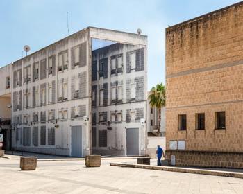 Крупномасштабные фотоинсталляции Оливье Лове, которые размывают границы между измерениями