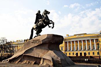 Где находится памятник Петру I «Медный всадник»