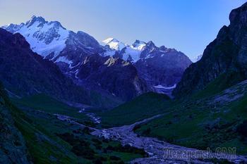 """""""Большое"""" кавказское путешествие. 3. Альплагерь """"Безенги"""" (2150 м) - стоянки под ущельем Укю (2650 м)"""