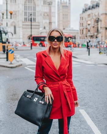 Цвет от Pantone осень-зима 2019-2020: какие оттенки будут на всех модницах мира
