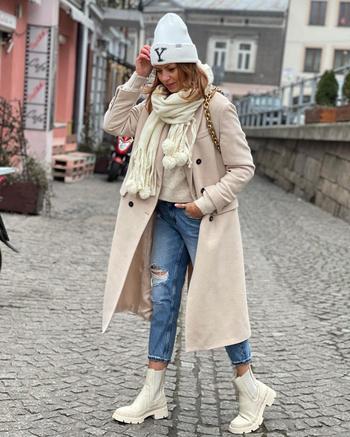 20 стильных идей с чем носить пальто женщинам 40-50 лет