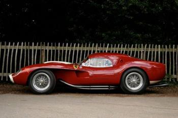 Как расцветала легенда: 10 культовых моделей Ferrari