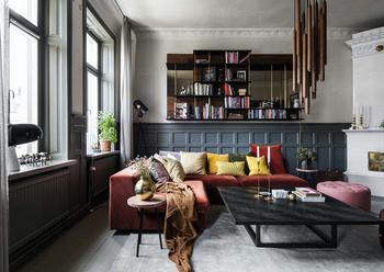 Современная квартира с классическими деталями в Стокгольме