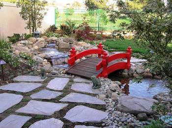 Садовые мостики: интересные идеи своими руками