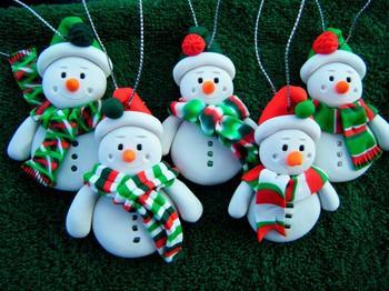 Изготовление снеговиков своими руками
