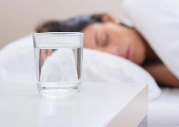 8 действенных советов, которые помогут приучить себя пить больше воды