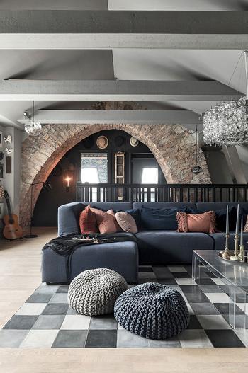 Мансардная квартира с нотками лофта и террасой в Швеции