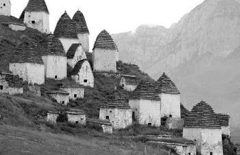 Жуткая тайна поселка Даргавс в Северной Осетии
