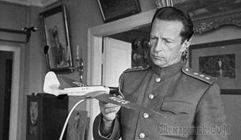 Почему летчик-виртуоз генерал Громов остался в тени легендарного Чкалова