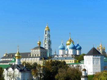 Самые известные монастыри и храмы Москвы и Подмосковья