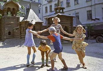 Подвижные игры советских детей, которых так не хватает современному поколению