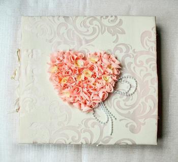 Как сделать и красиво оформить свадебный фотоальбом своими руками