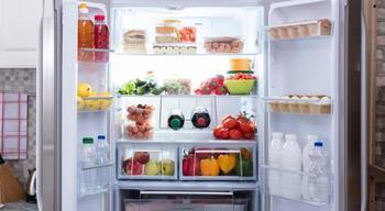 Почему холодильник не морозит