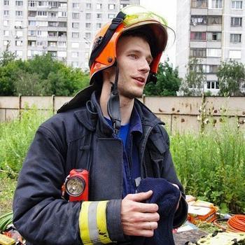 Пожертвовал собственной жизнью, чтобы спасти шестерых людей