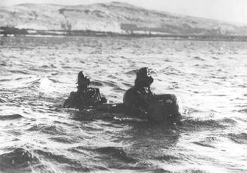 Человекоуправляемые торпеды семейства Chariot (Великобритания)