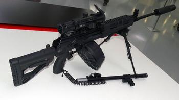 Такой же, но другой: зачем России нужен новый пулемет Калашникова