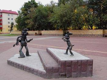 Памятники, возвращающие детство