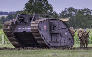 Ромбовидные «самцы» и «самки»: как вымерли самые нелепые танки