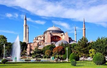 Собор Святой Софии: богатая история архитектурной жемчужины Стамбула