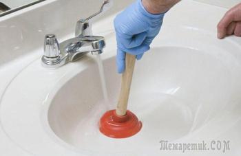 Чистим засор в раковине на кухне, в ванной, в душевой кабине, в трубах и в унитазе