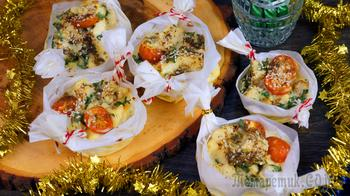 Горячее меню на Новый Год | Треска в сливочно-сырном соусе запеченная в лукошках