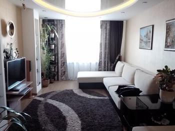 Овальный потолок и круглые углы в нашей гостиной