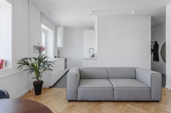 Двухкомнатная квартира в конструктивистском доме
