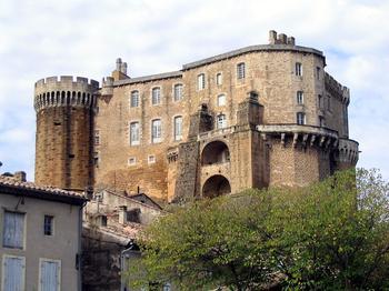 Замки Франции: Сюз-де-Рус