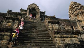 Самые жуткие лестницы в мире